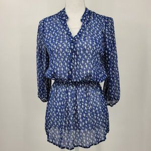 Mossimo   Blue and White Bird Print Blouse